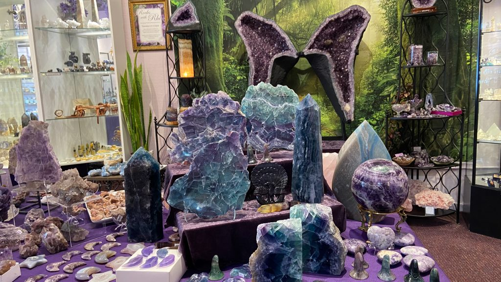 #DGLIVE Crystal Sales ~ a curated variety of crystals, stones and minerals.