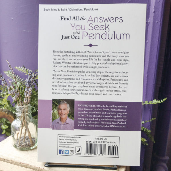 How to Use a Pendulum at the Dreaming Goddess