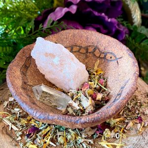 DG New Moon Bath Blend at DreamingGoddess.com